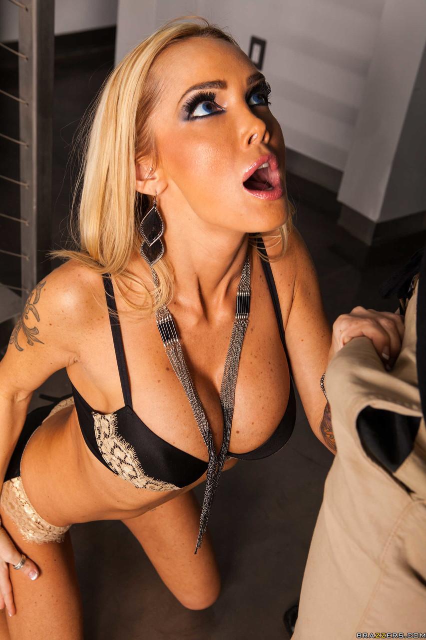 Anal sex porn photos. Gallery - 1052. Photo - 1