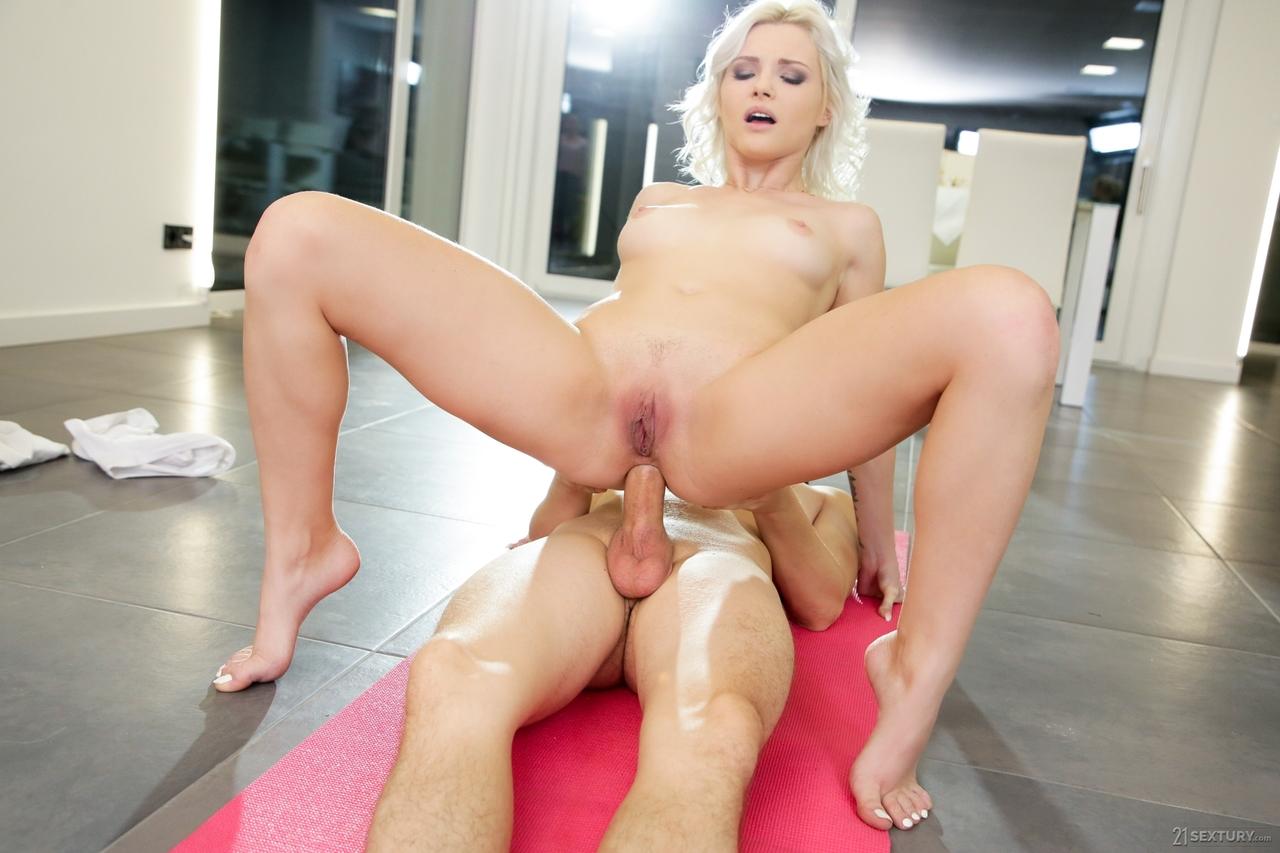 Anal sex porn photos. Gallery - 1080. Photo - 12