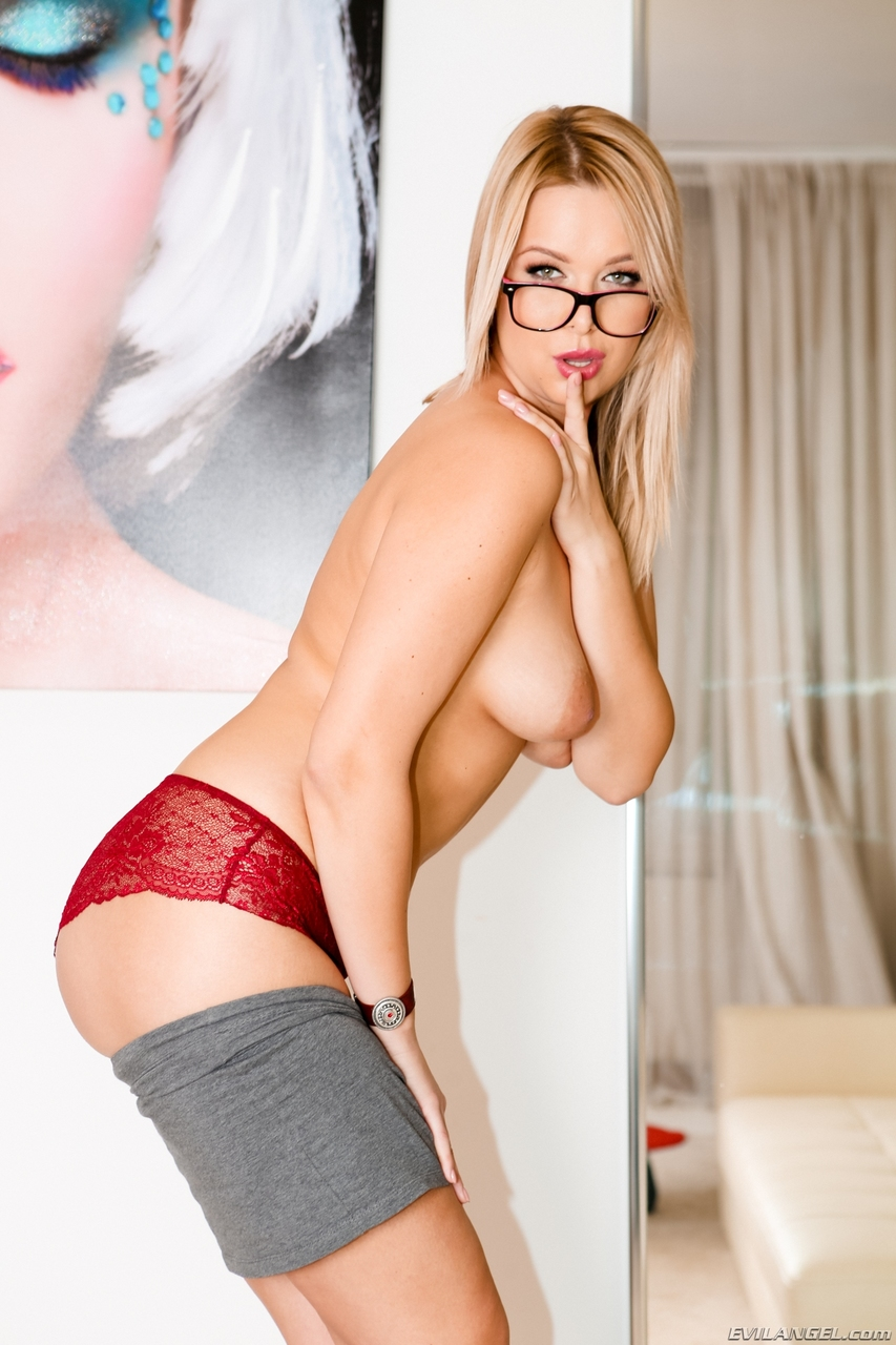 Anal sex porn photos. Gallery - 1143. Photo - 4