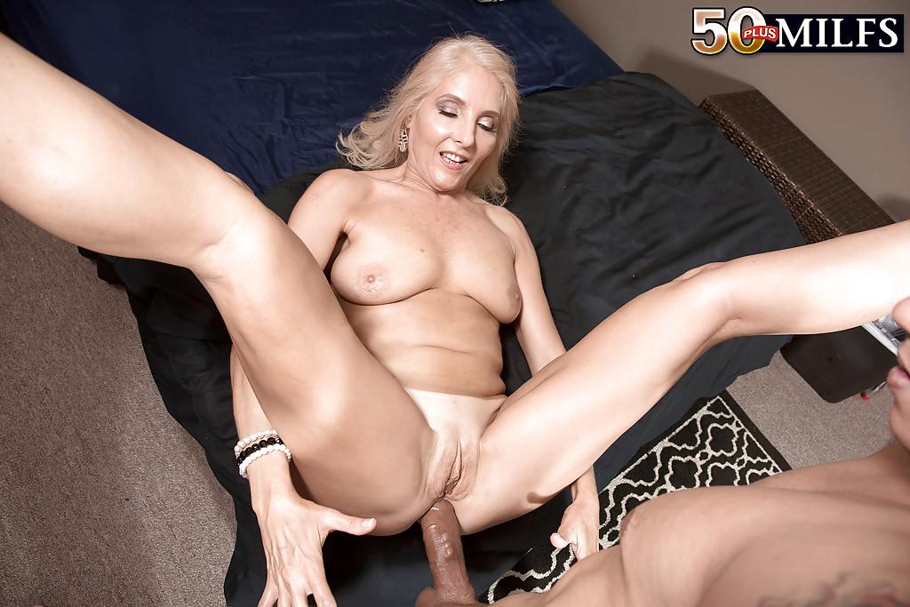 Anal sex porn photos. Gallery - 1261. Photo - 12