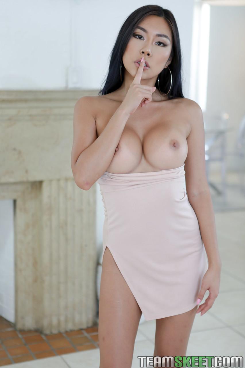 Asiatinnen Pornos. Galerie - 1333. Foto - 1
