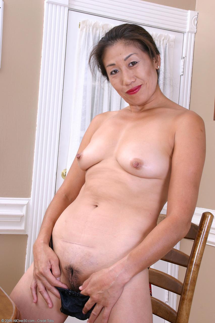 Asiatinnen Pornos. Galerie - 1506. Foto - 12