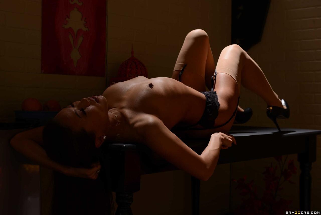 Asiatinnen Pornos. Galerie - 1631. Foto - 16