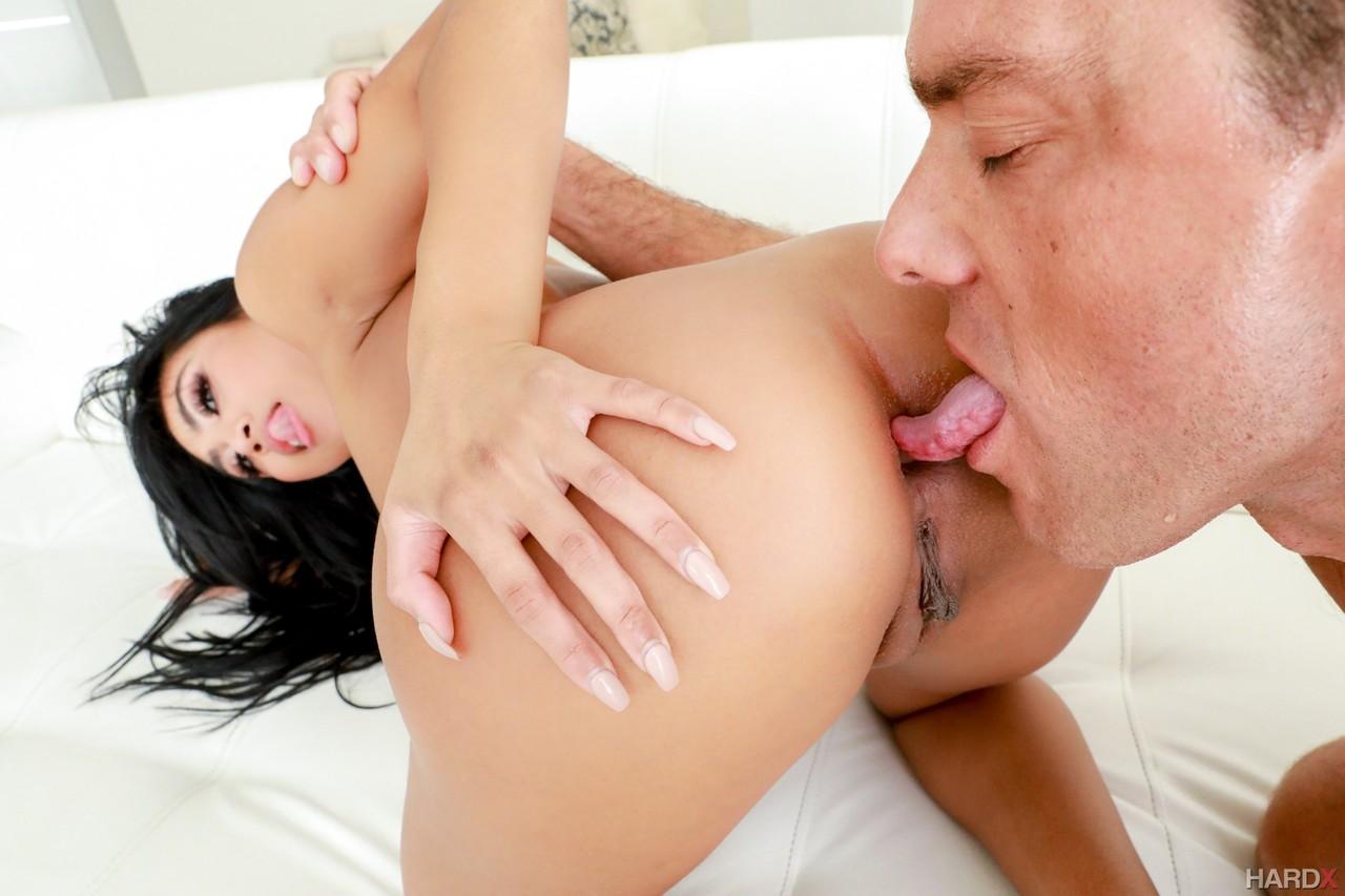 Asiatinnen Pornos. Galerie - 2033. Foto - 2