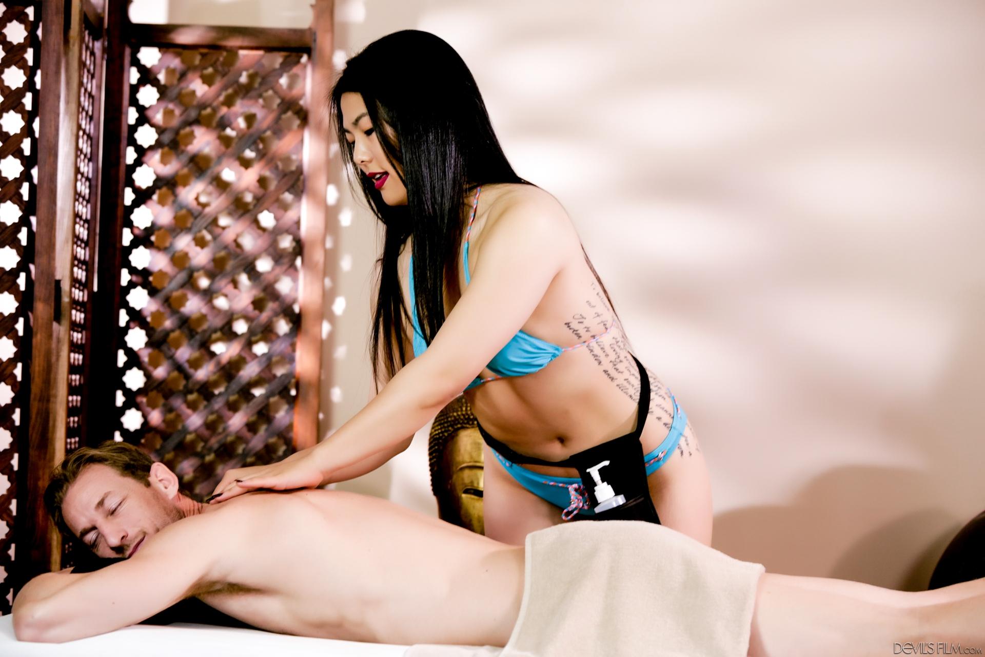 Asiatinnen Pornos. Galerie - 2034. Foto - 2