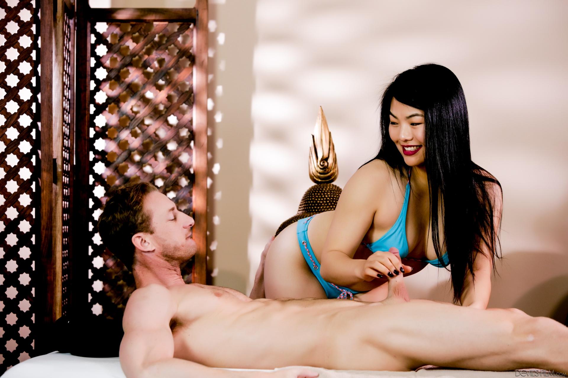 Asiatinnen Pornos. Galerie - 2034. Foto - 5