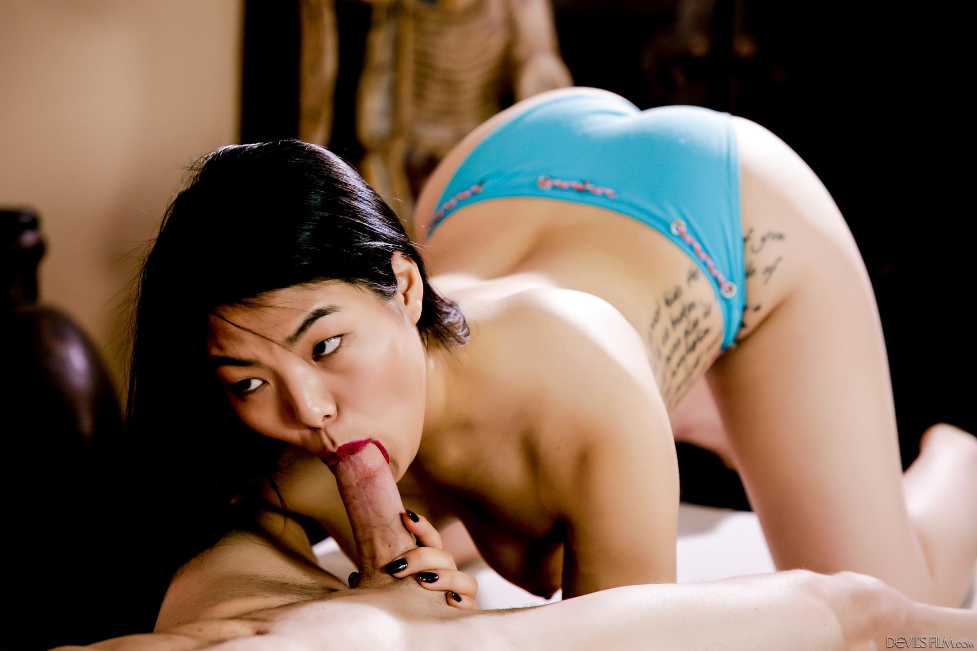 Asiatinnen Pornos. Galerie - 2034. Foto - 7