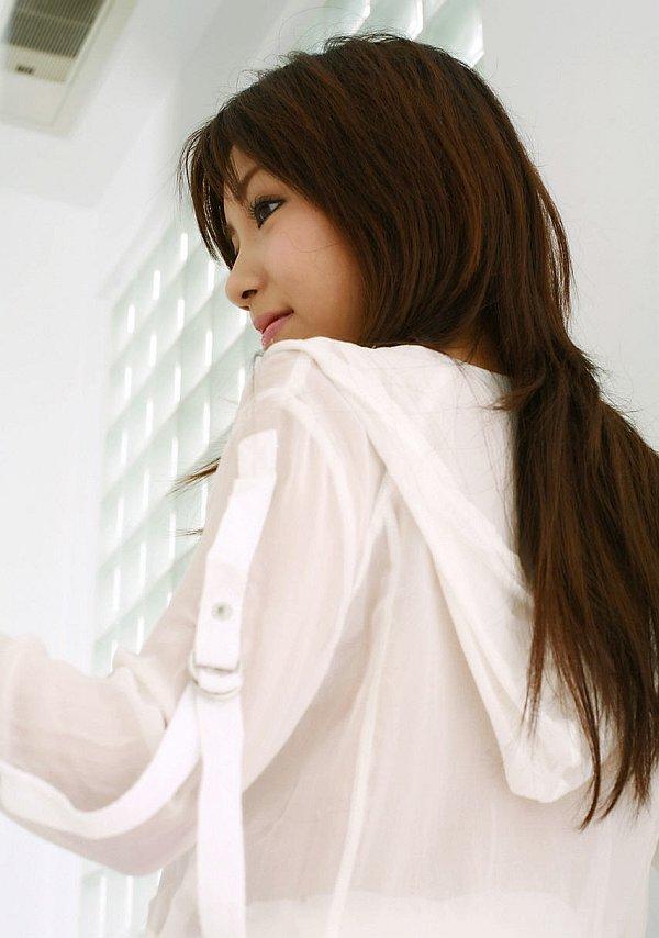 Мохнатые чресла молодой японки. Фото - 3