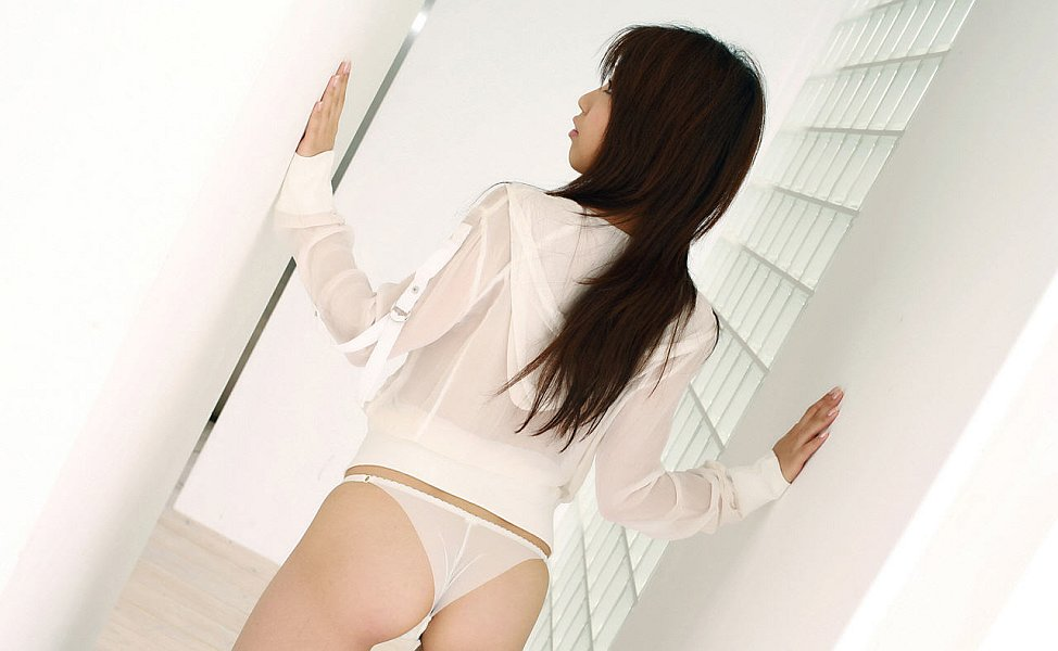 Мохнатые чресла молодой японки. Фото - 4