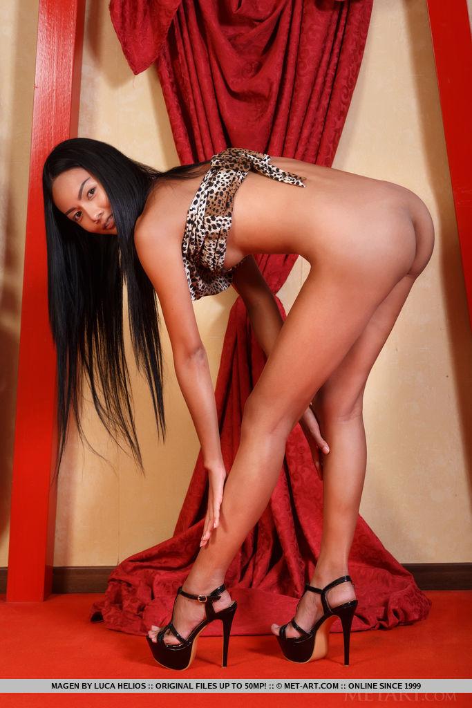 Сексуальная крошка 18+ из Азии. Фото - 7