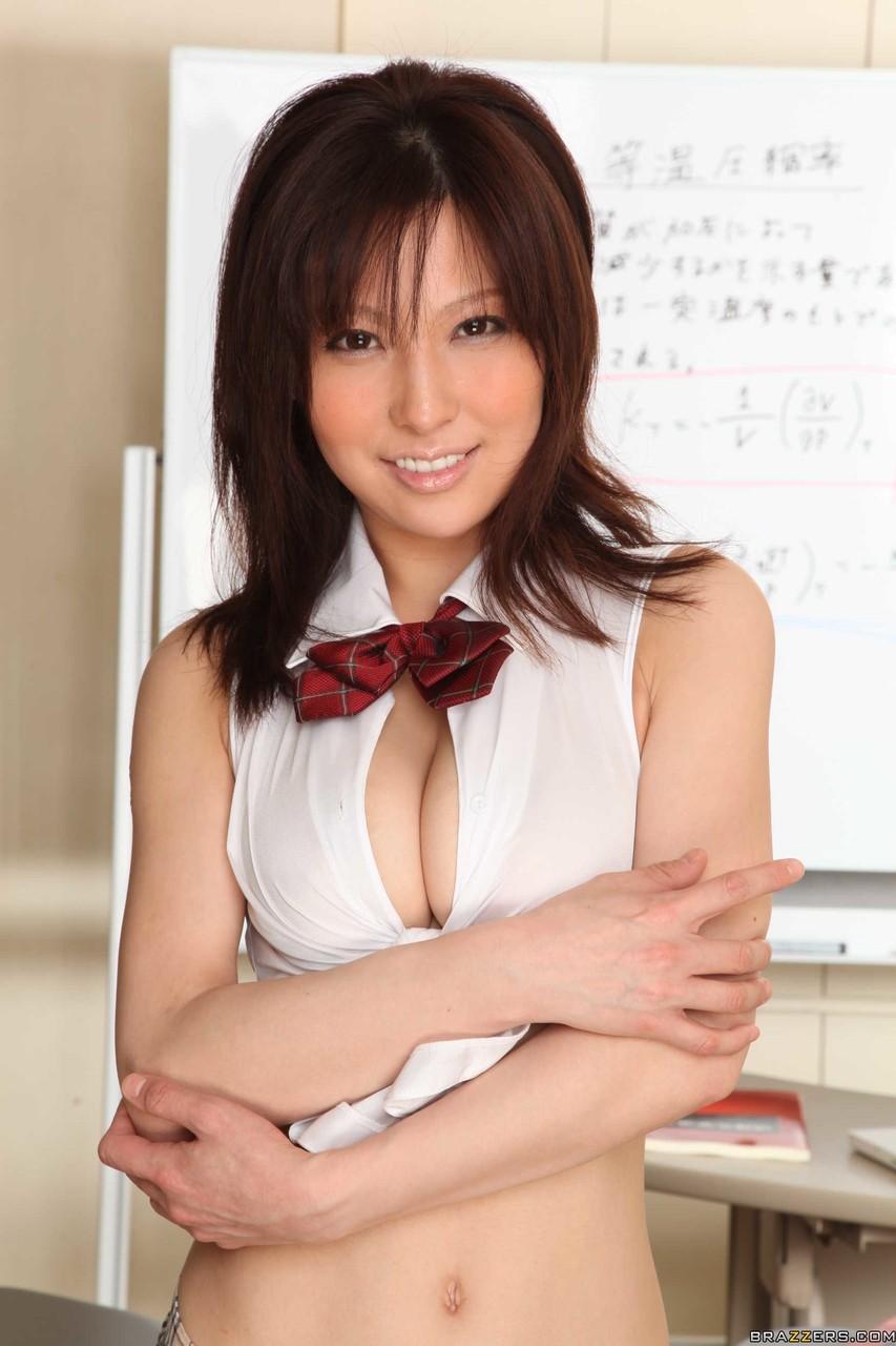 Японский половой женский орган в обнаженном виде