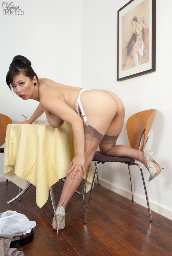 Asian porn. Gallery - 598. Photo - 12