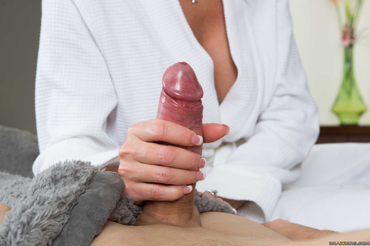 Mature women and grannies. Gallery - 1127. Photo - 6