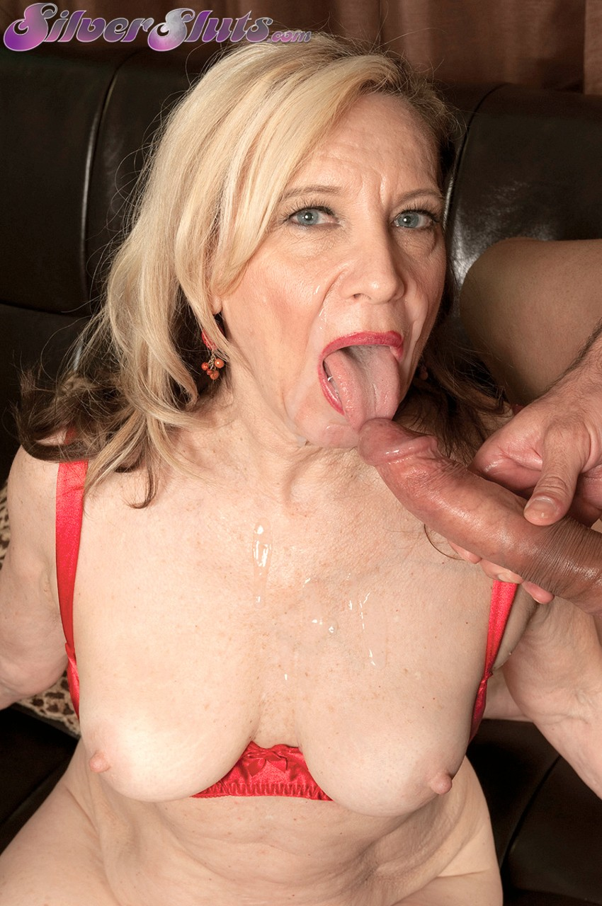 Mature women and grannies. Gallery - 1177. Photo - 16