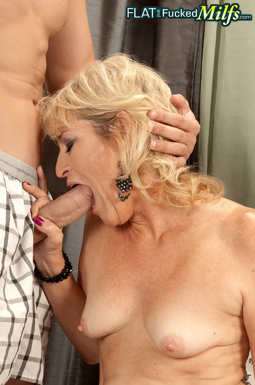 Mature women and grannies. Gallery - 1218. Photo - 6