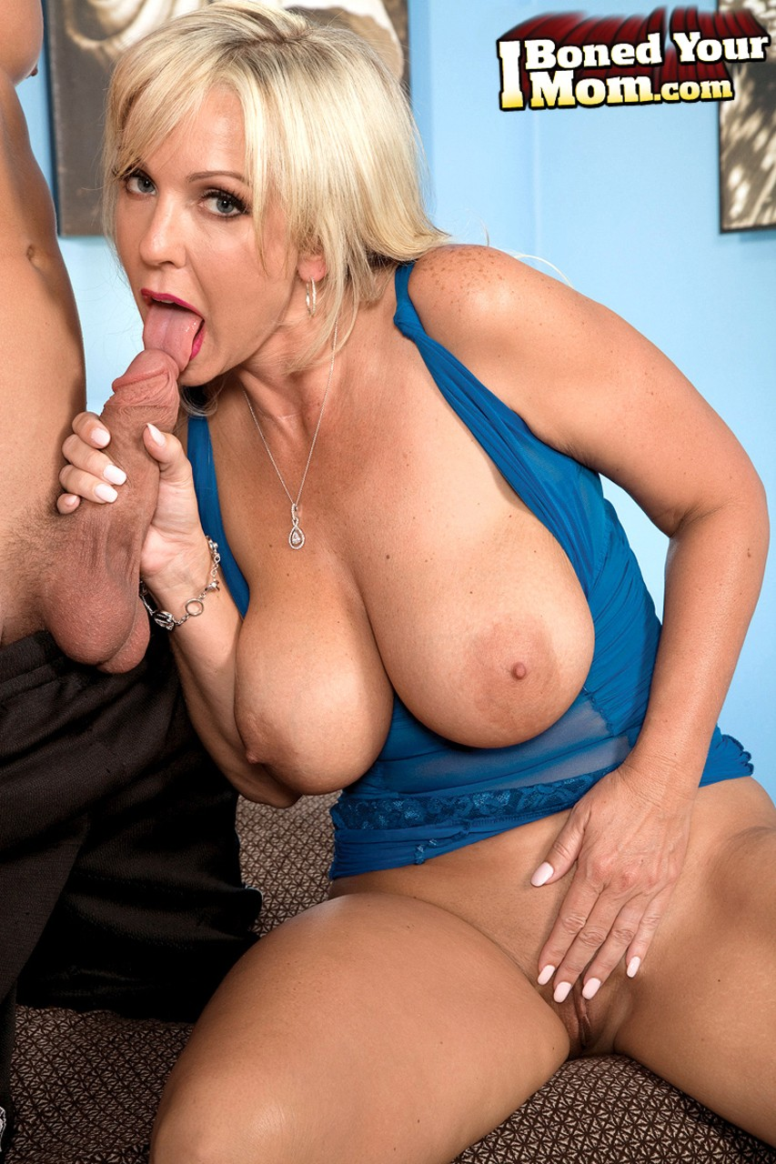 Mature women and grannies. Gallery - 1235. Photo - 4