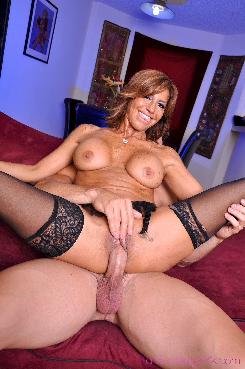 Mature women and grannies. Gallery - 1259. Photo - 10