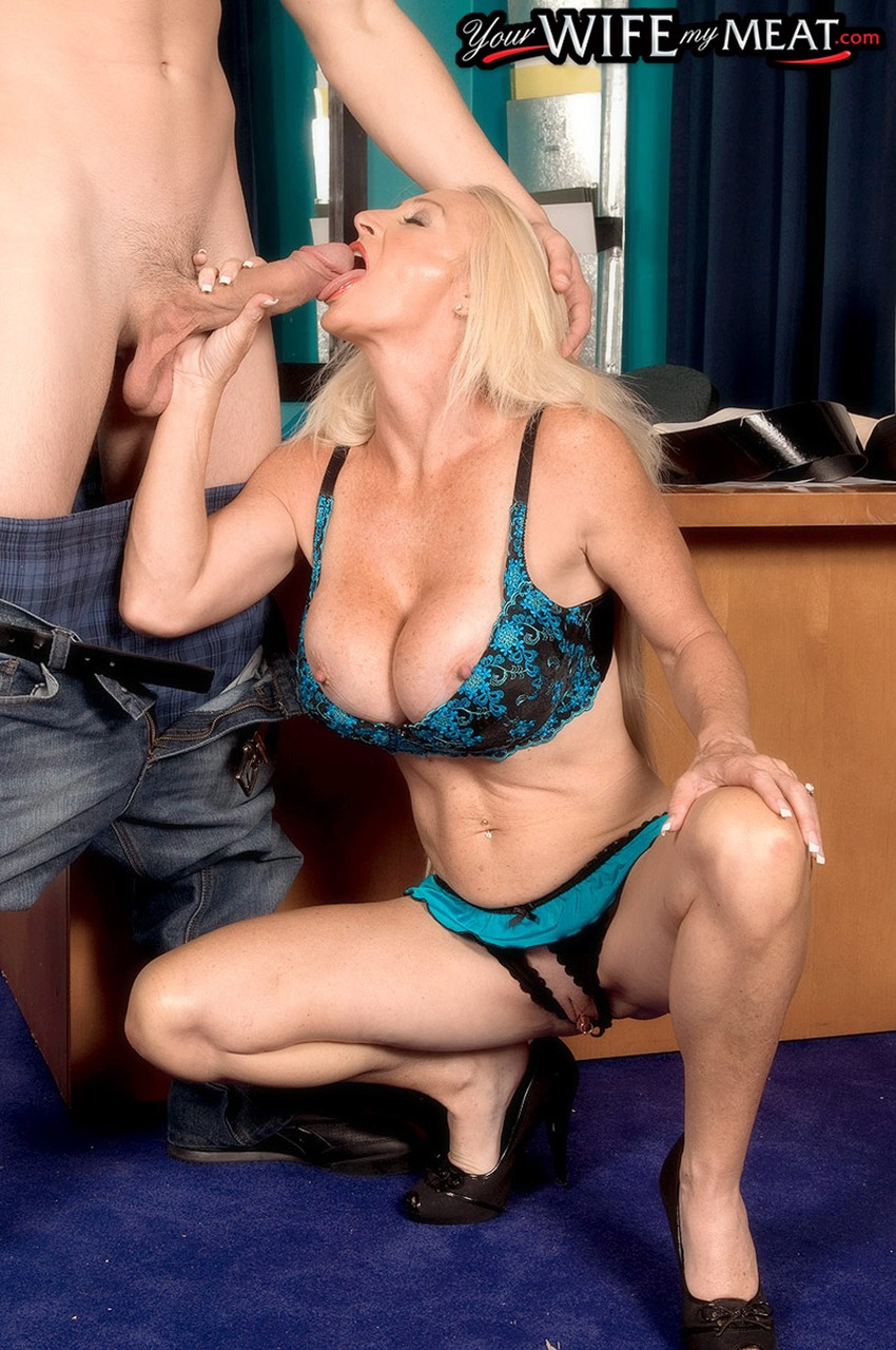 Mature women and grannies. Gallery - 1276. Photo - 5