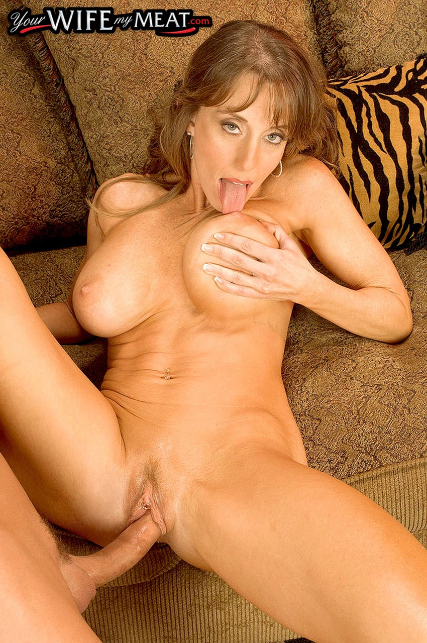 Mature women and grannies. Gallery - 1296. Photo - 8