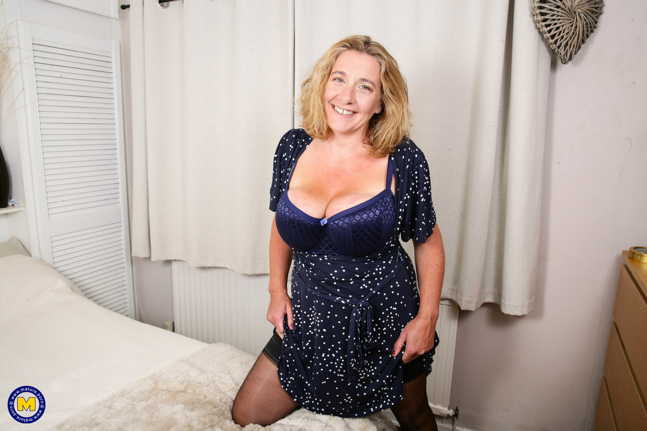 Mature women and grannies. Gallery - 1306. Photo - 5