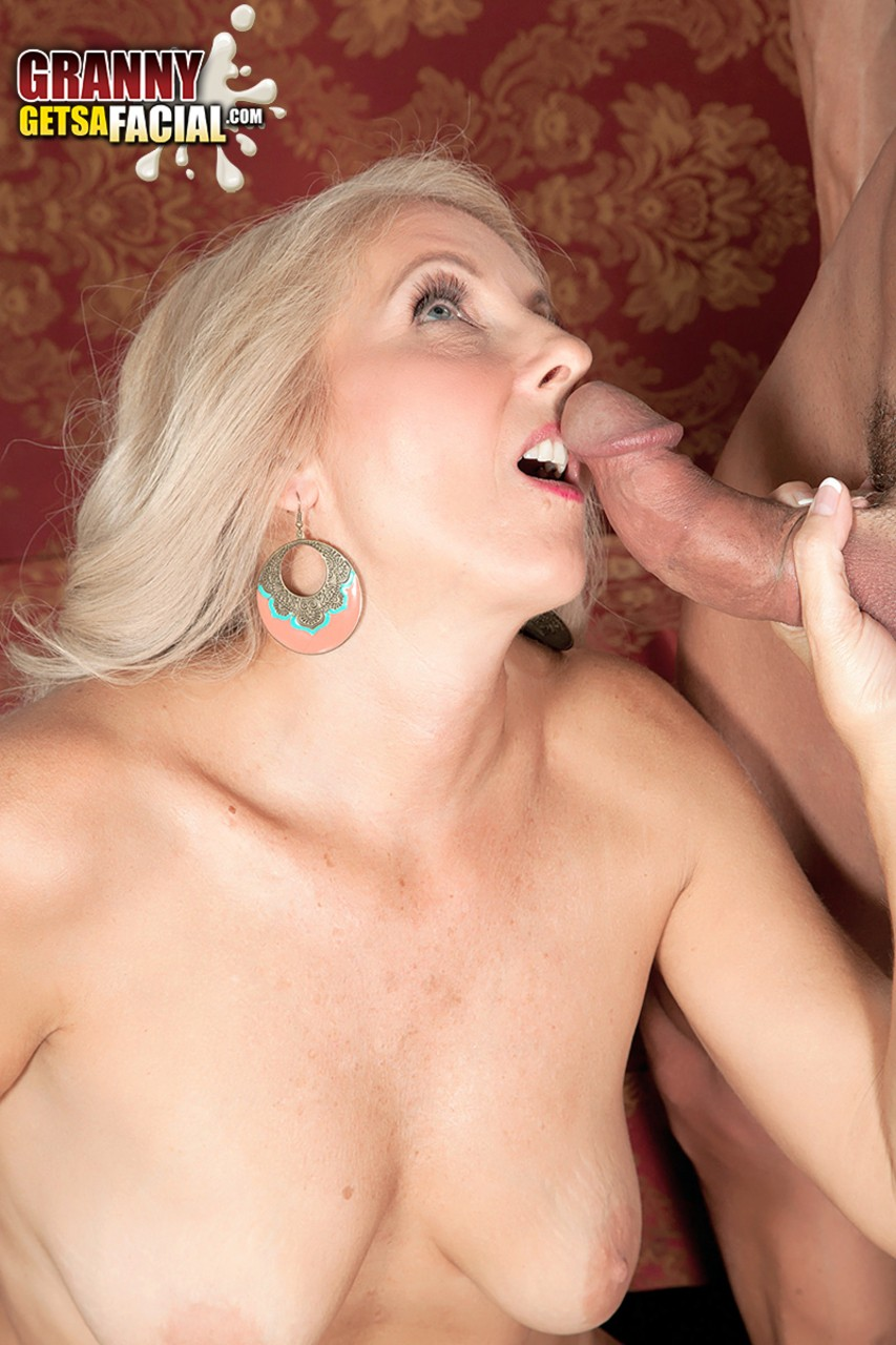 Mature women and grannies. Gallery - 1330. Photo - 14
