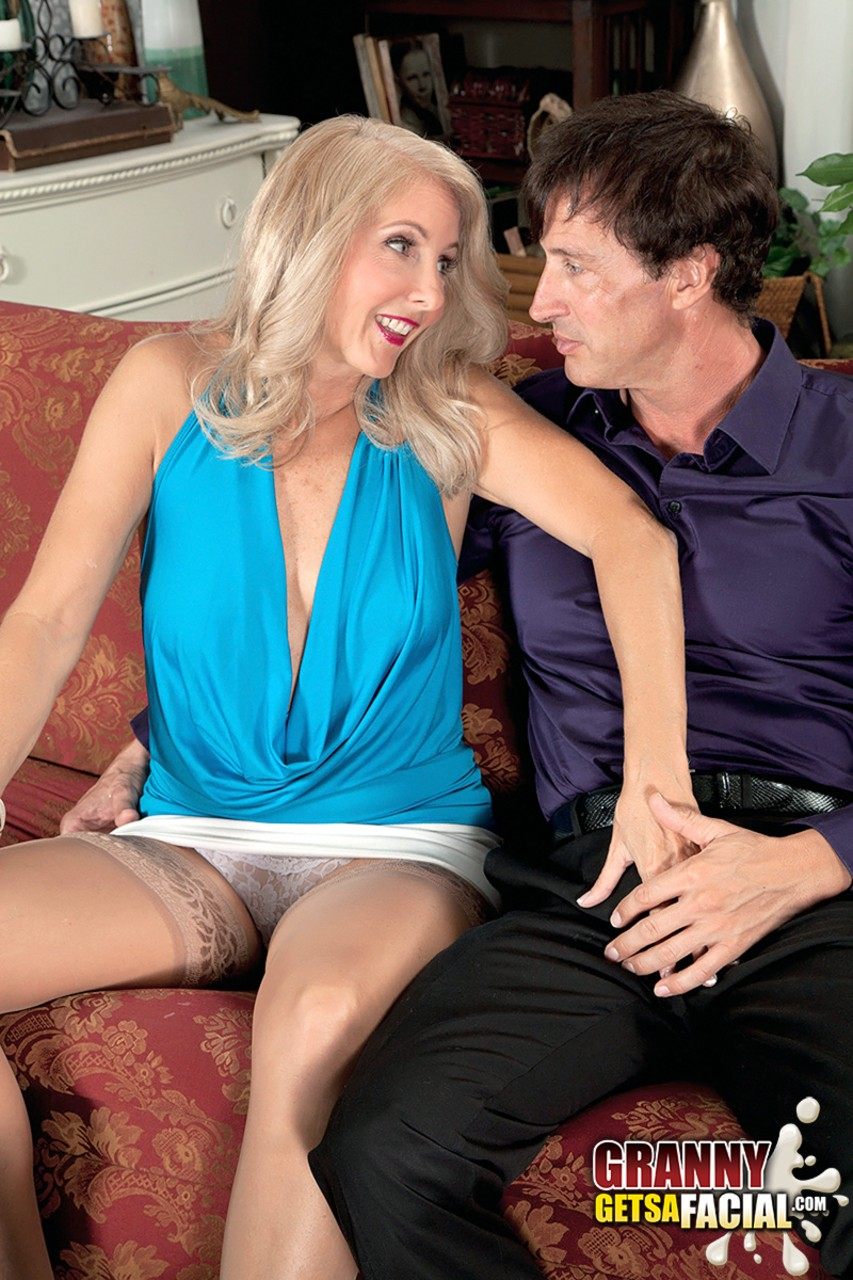 Mature women and grannies. Gallery - 1330. Photo - 2