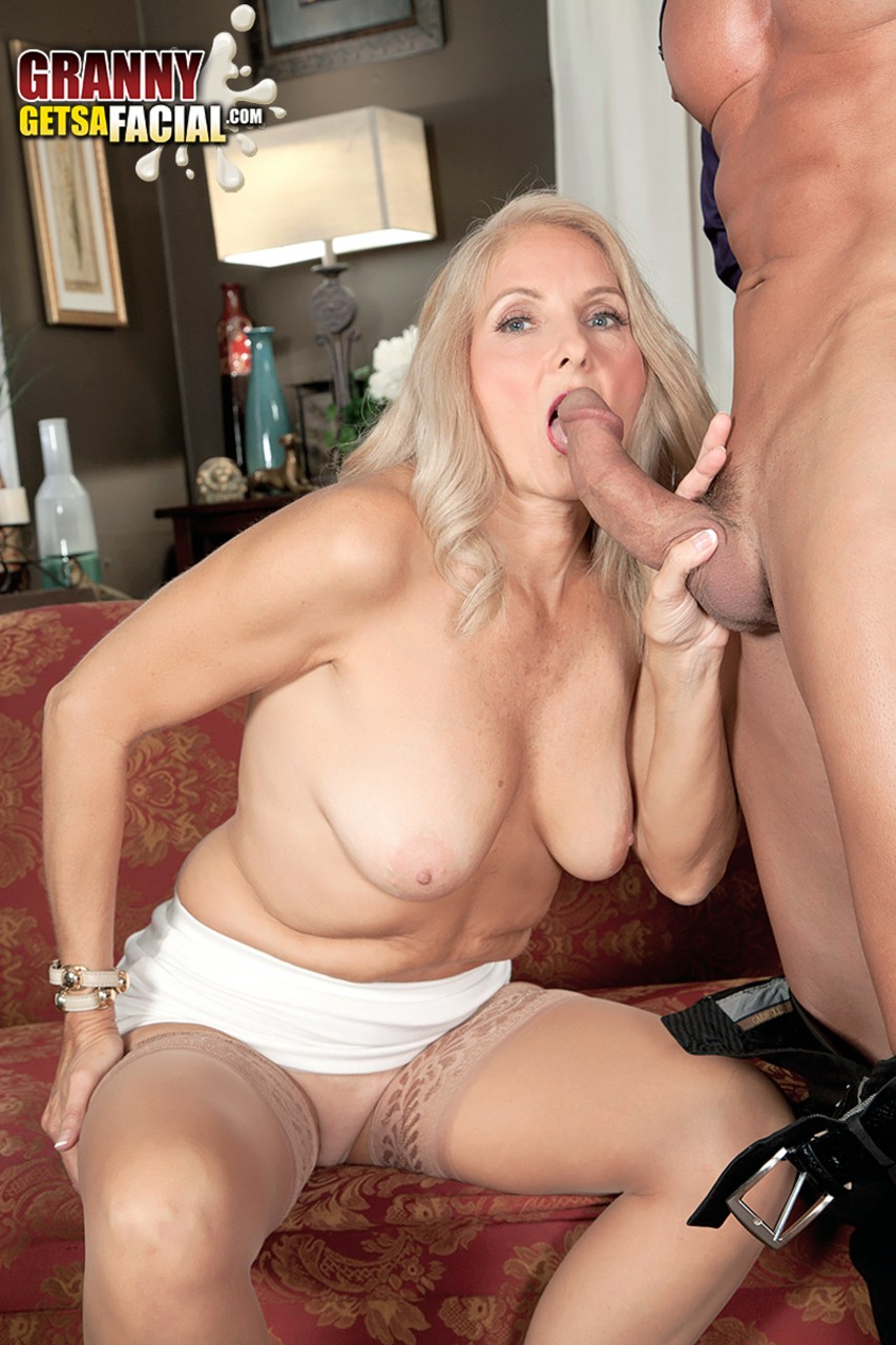 Mature women and grannies. Gallery - 1330. Photo - 6