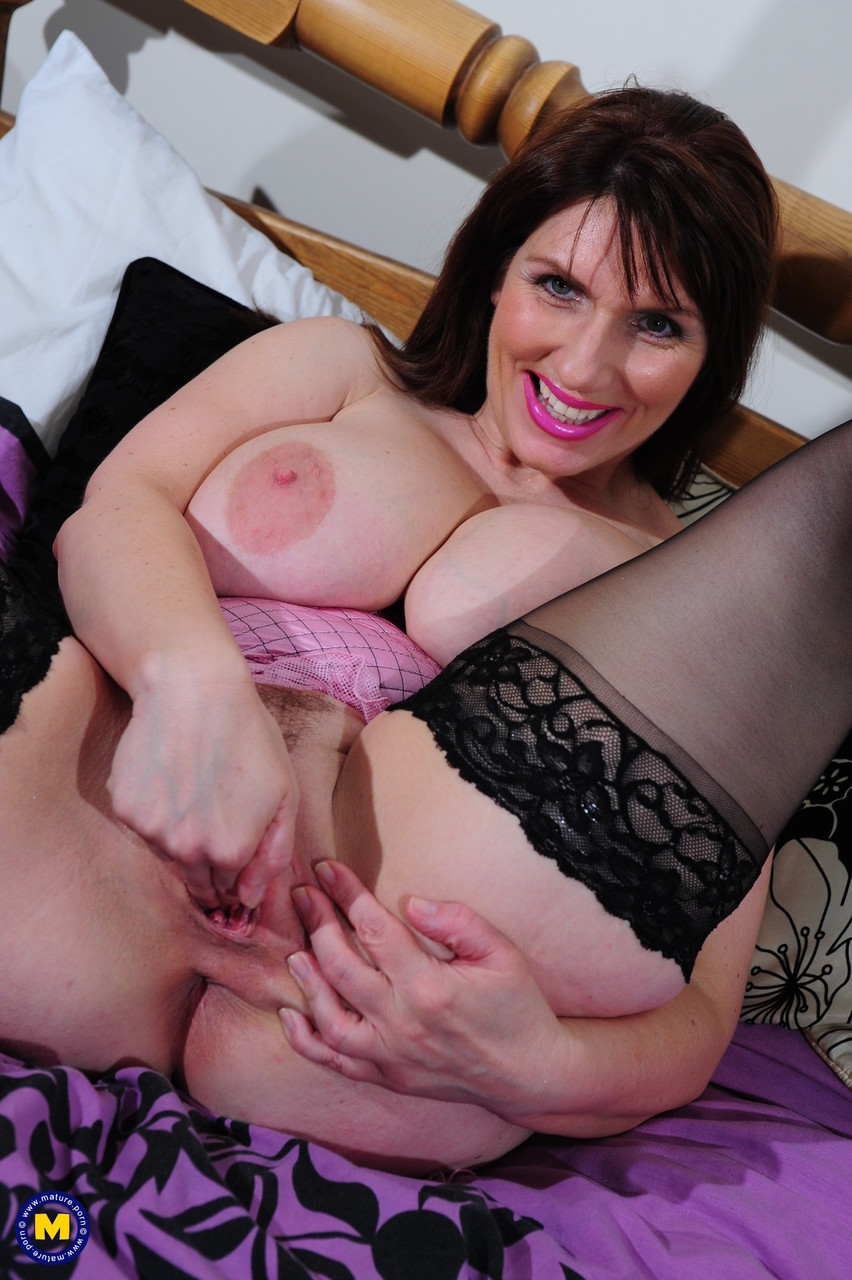 Mature women and grannies. Gallery - 1338. Photo - 15