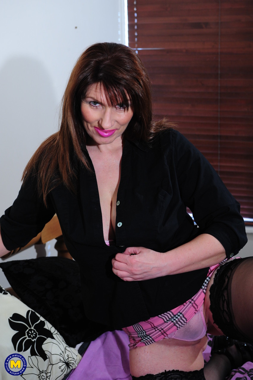 Mature women and grannies. Gallery - 1338. Photo - 2