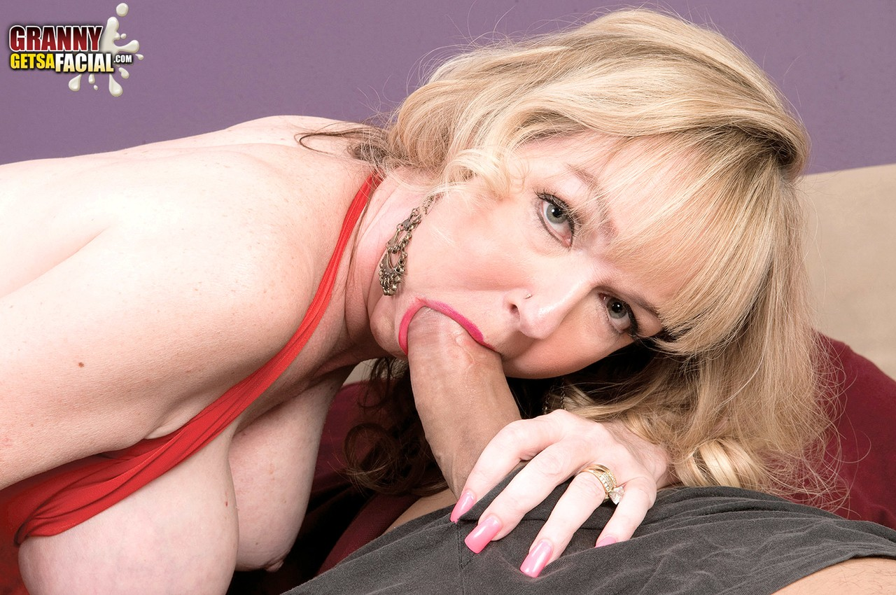 Mature women and grannies. Gallery - 1342. Photo - 7