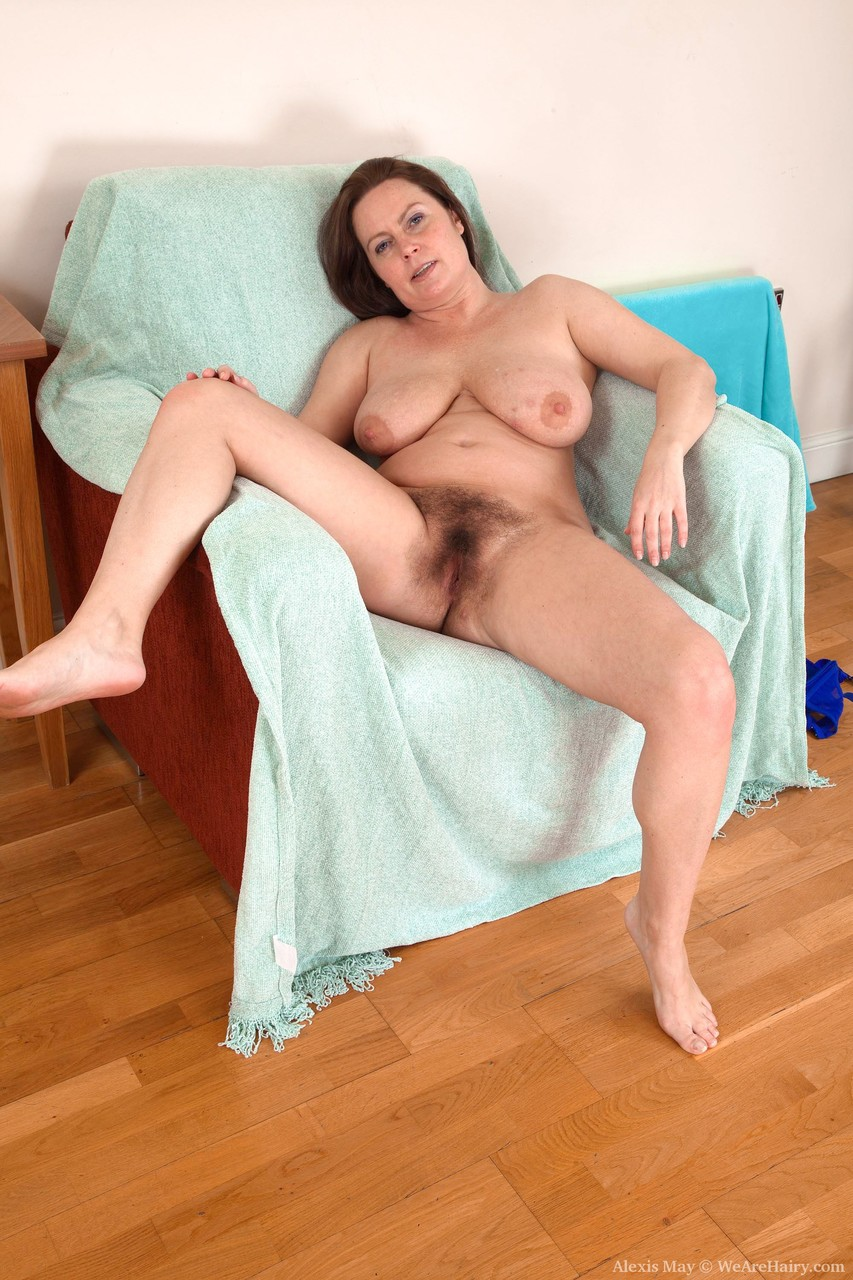 Mature women and grannies. Gallery - 1361. Photo - 18