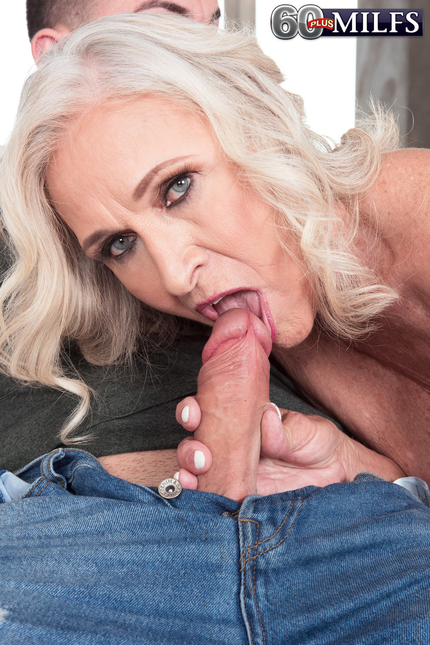 Mature women and grannies. Gallery - 1391. Photo - 6