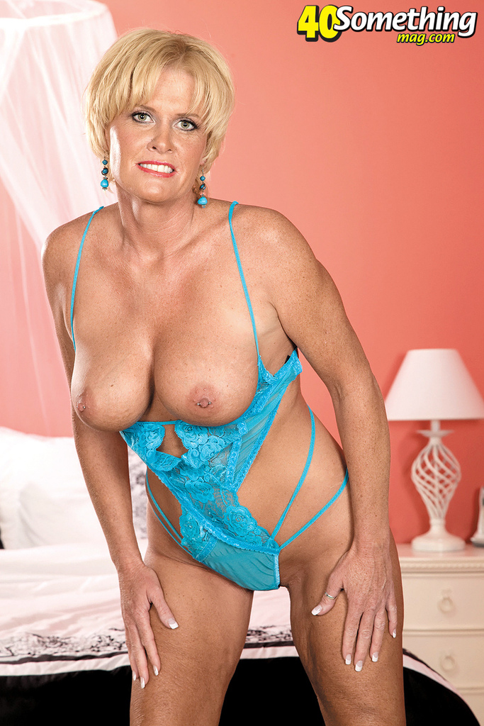 Mature women and grannies. Gallery - 1416. Photo - 4