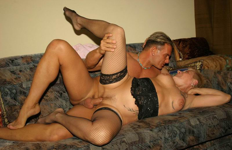Mature women and grannies. Gallery - 258. Photo - 10