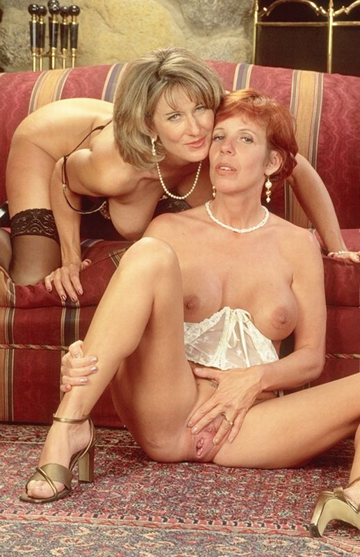 Mature women and grannies. Gallery - 262. Photo - 5