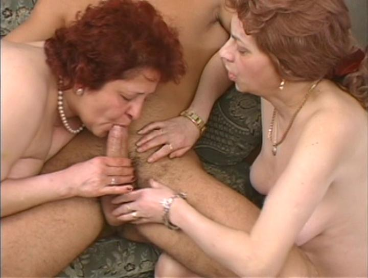 Mature women and grannies. Gallery - 269. Photo - 10