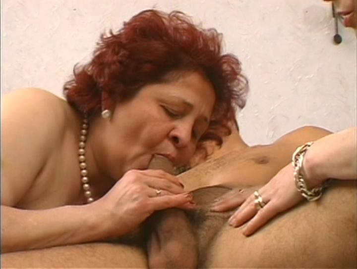 Mature women and grannies. Gallery - 269. Photo - 7