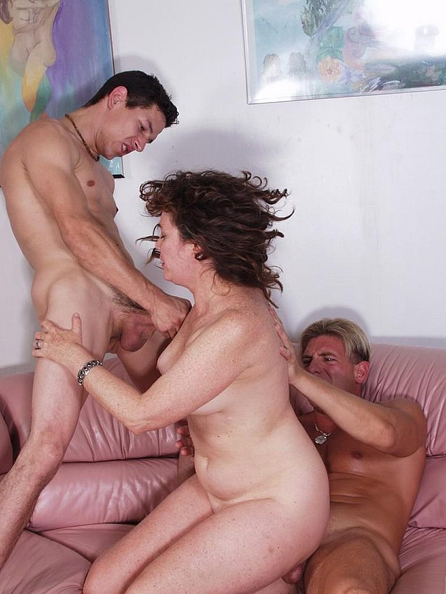 Mature women and grannies. Gallery - 276. Photo - 4