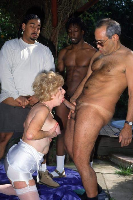 Mature women and grannies. Gallery - 278. Photo - 4