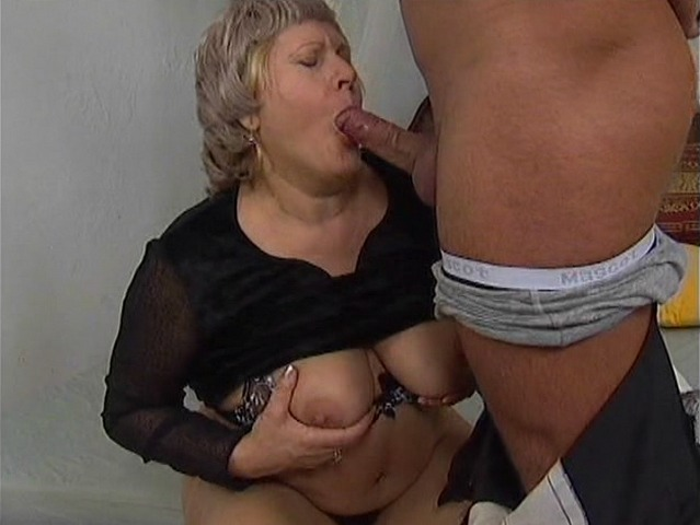 Mature women and grannies. Gallery - 284. Photo - 4