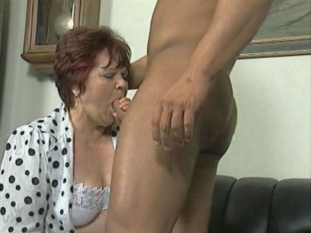 Mature women and grannies. Gallery - 287. Photo - 1