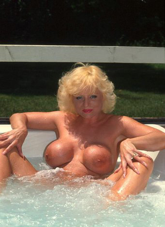 Mature women and grannies. Gallery - 288. Photo - 12
