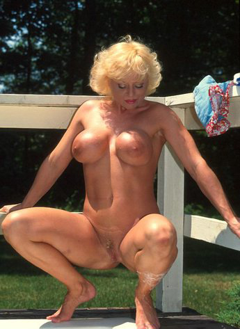 Mature women and grannies. Gallery - 288. Photo - 13