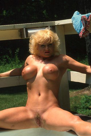 Mature women and grannies. Gallery - 288. Photo - 14