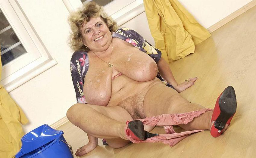 Mature women and grannies. Gallery - 289. Photo - 6