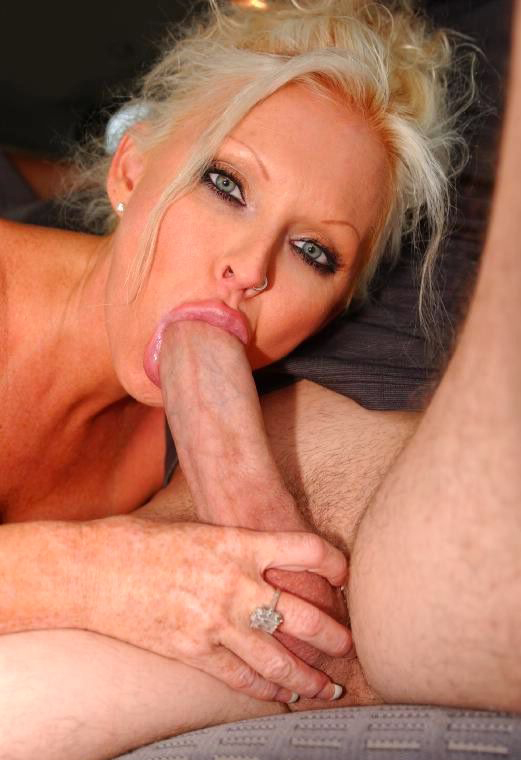 Mature women and grannies. Gallery - 292. Photo - 6