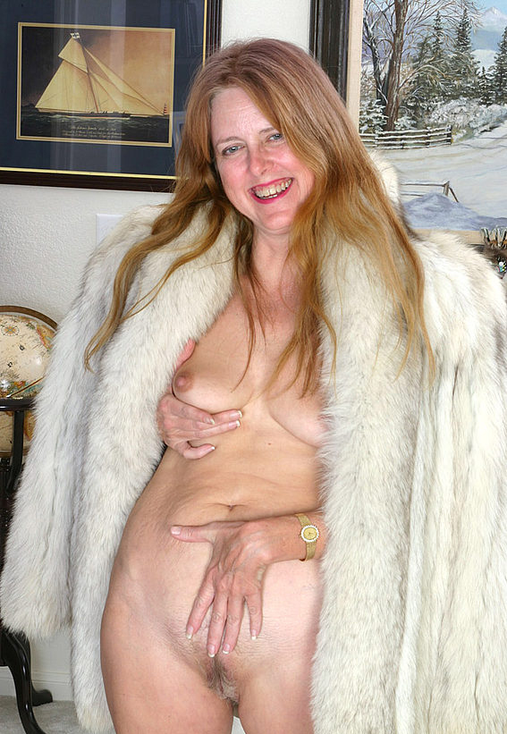 Mature women and grannies. Gallery - 294. Photo - 10