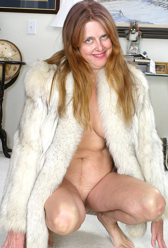 Mature women and grannies. Gallery - 294. Photo - 13
