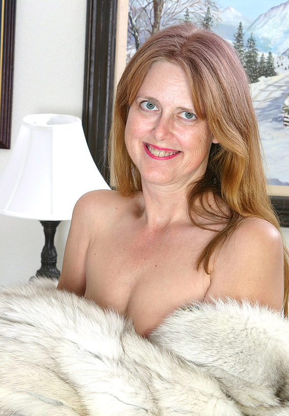 Mature women and grannies. Gallery - 294. Photo - 4