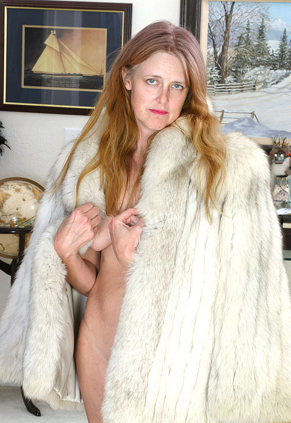 Mature women and grannies. Gallery - 294. Photo - 8